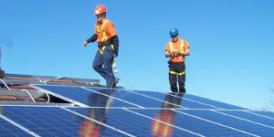 fasi di realizzazione di un impianto fotovoltaico : installazione