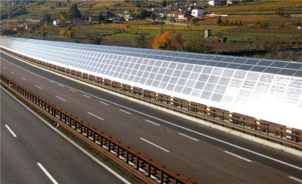 barriera acustica fotovoltaica in autostrada