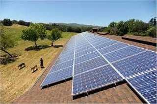 Capannoni : tetti fotovoltaici al posto di eternit e amianto