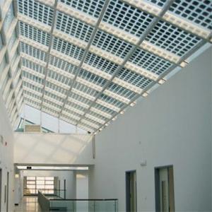 Pannelli fotovoltaici trasparenti per serre