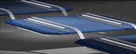 Nelle celle back-side contact le fascette di ribbon non passano più sopra la superifie della cella, ma al di sotto. In questo modo si rende disponibile più superficie libera per accogliere la luce solare.