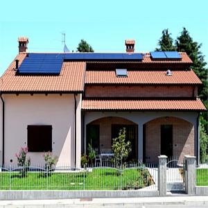 impianto fotovoltaico domestico su villa